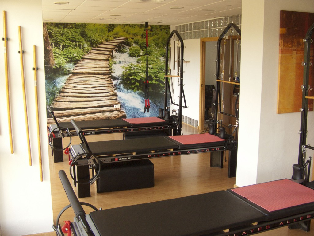 Sala Pilates - Instalaciones - Clínica Fisioterapia Alicante Fisiomedicin